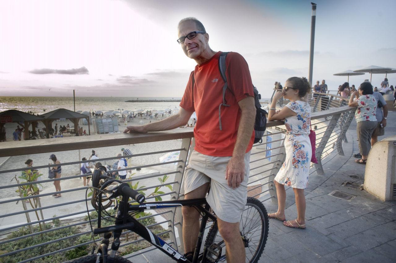 Maurice uit Jaffa verafschuwt e-bikes.