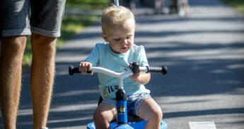 fietsende-schoolkind-08