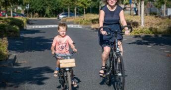 fietsende-schoolkind-19