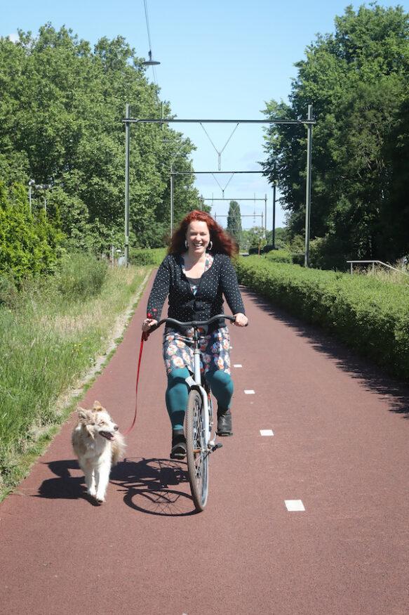 Hondengedragsdeskundige Mirjam de Boer met border collie Pret