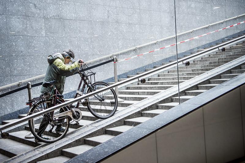 fietsenstalling beursplein Amsterdam