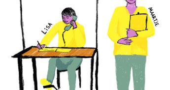 Tekening van Maartje en Lisa achter een tafel met opschrift 'Meefietslijn'