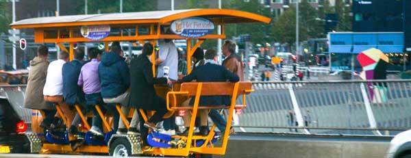 Welke voertuigen laten we toe op de Rotterdamse fietspaden?