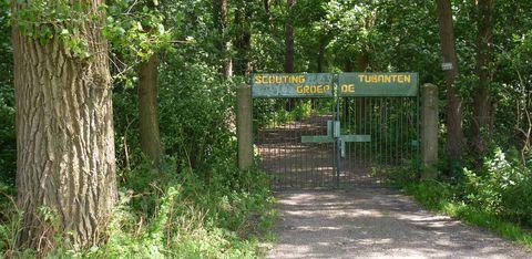 Scoutinggroep afgesloten van Bos en Stad