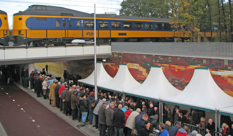 Tunnel Wierden bij opening met trein