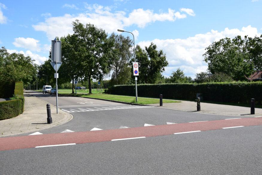 Peutgensweg aantakking op Ambyerstraat (1 klein)