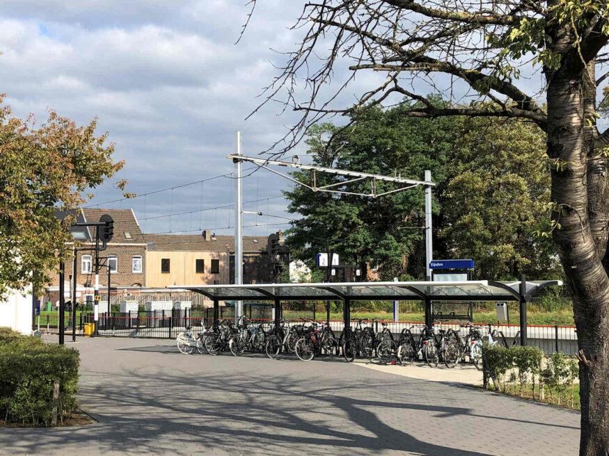 Eijsden station (geknipt, klein)