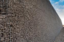 Lavasteen afwerking Natuurbrug Duinpoort
