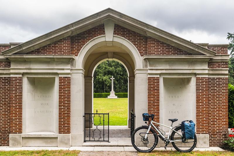 Venray War Cemetery