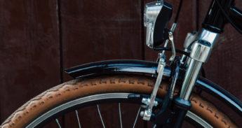 wood-light-bike-tire-345×183
